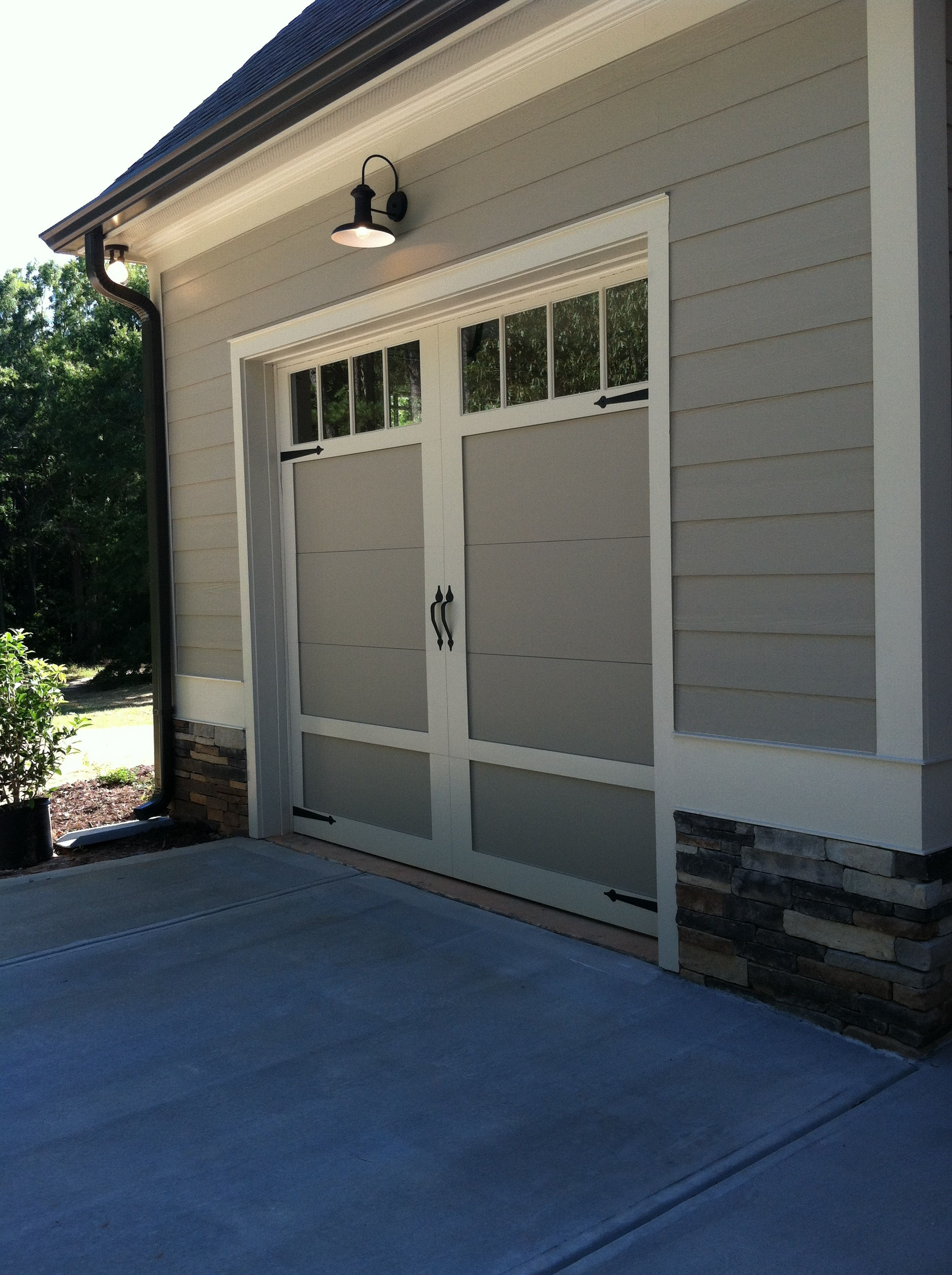 2592 #599932 Garage Door Companies Copy.JPG picture/photo Overhead Doors Atlanta 36591936